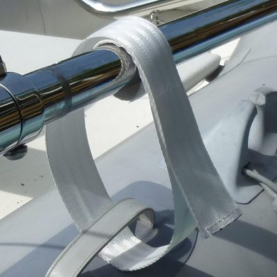 Velcro harness securing Transverse Link to the dinghy handle.
